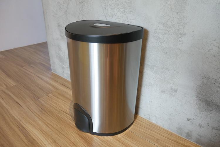 +O家窩希利腳觸感應不鏽鋼垃圾桶09.jpg