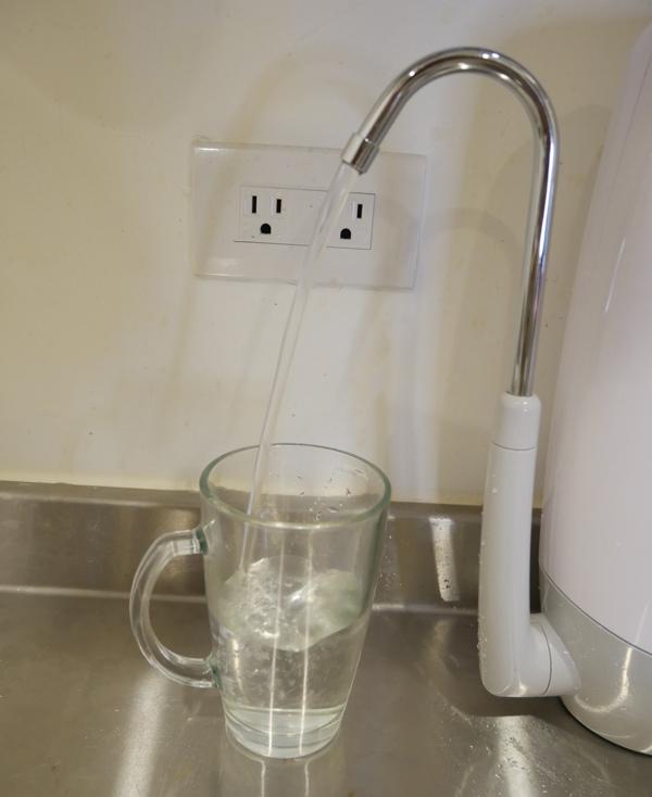 ALYA歐漾智慧型三段式生飲淨水器09.jpg