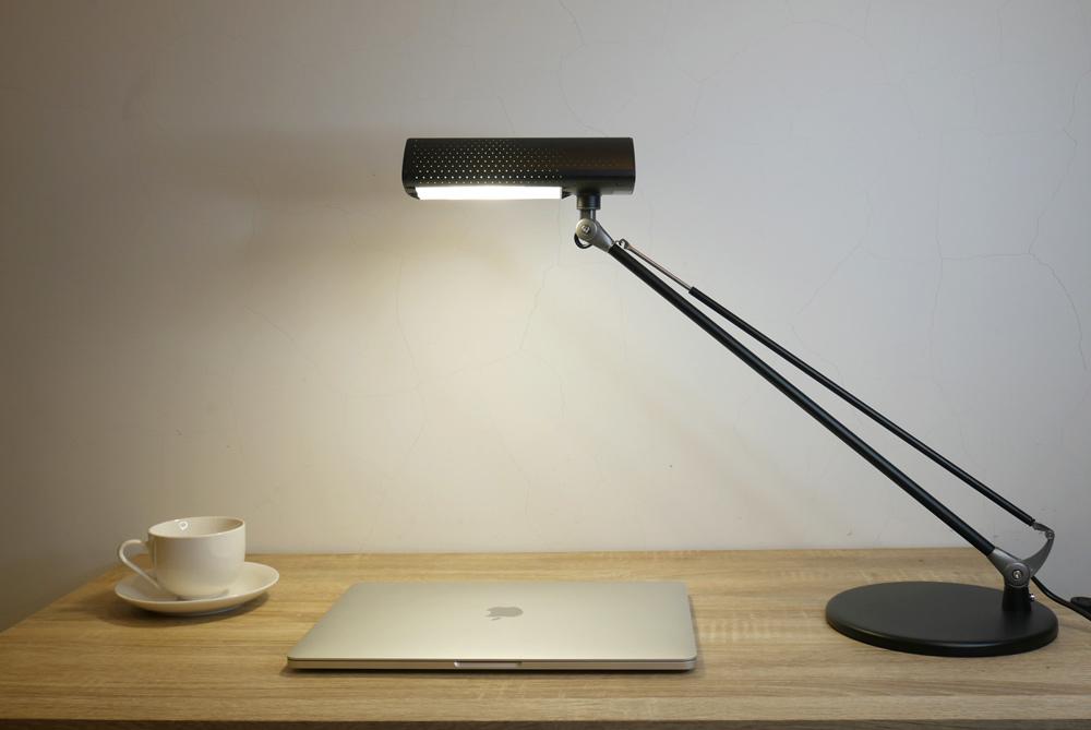 喜萬年LED小小冰極光護眼檯燈12.jpg