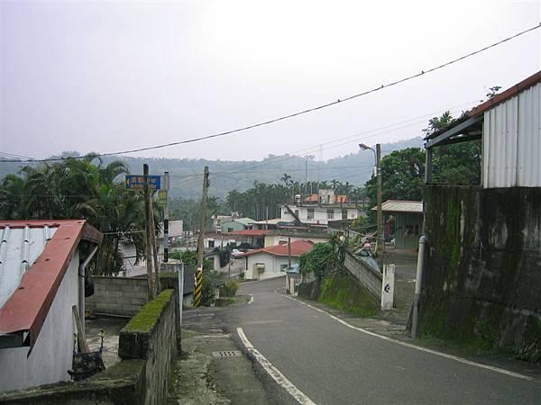 重光社區-陡峭的街景