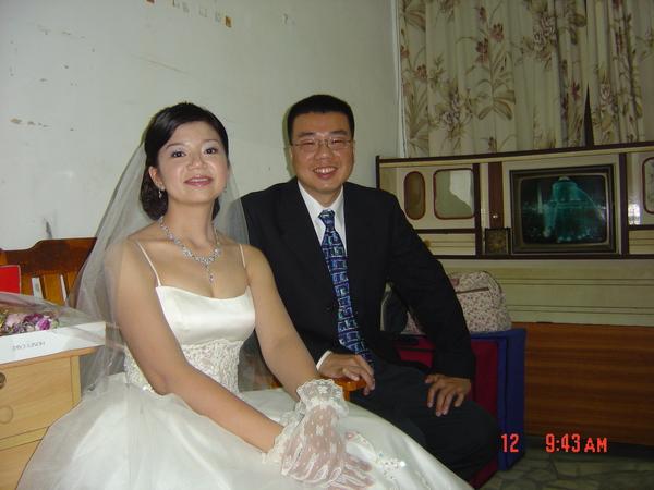 哥哥和姐姐