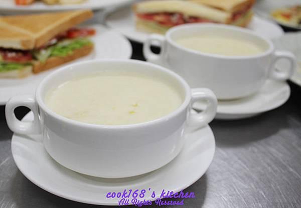 303D2奶油玉米濃湯Cream of corn soup.JPG