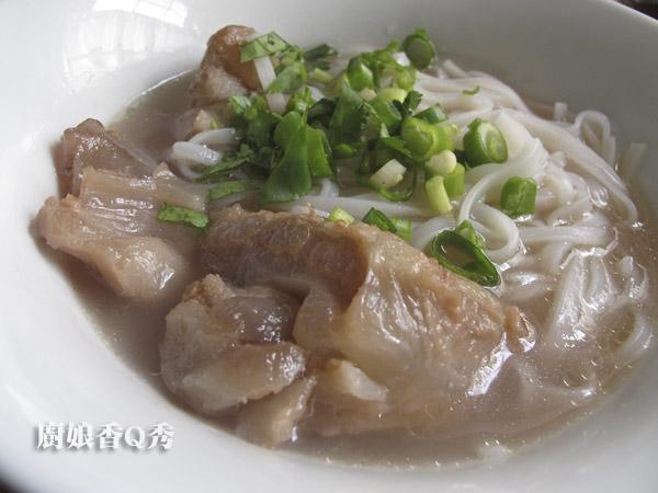 清燉牛筋湯