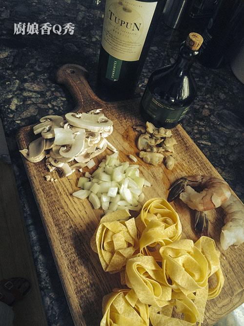 家裡隨便煮乾義大利麵