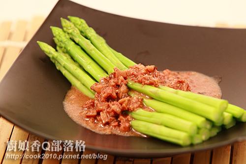 肉燥蘆筍.jpg
