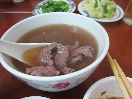 大灣_和億牛肉湯 03.JPG