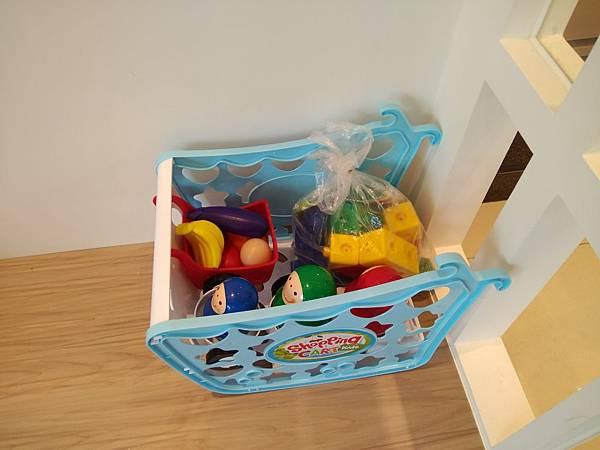 小孩玩具.jpg