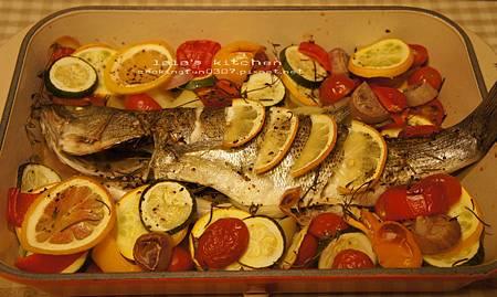 義式香料蔬菜烤魚7999.jpg