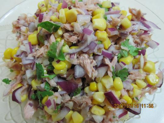 涼拌鮪魚玉米洋蔥.jpg