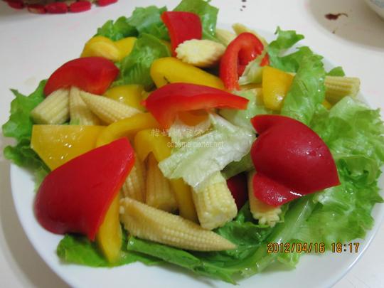 玉米筍甜椒西生菜沙拉