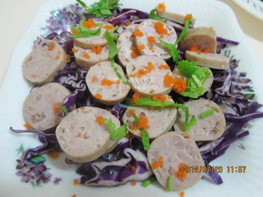 煙燻香腸蝦卵生菜沙拉