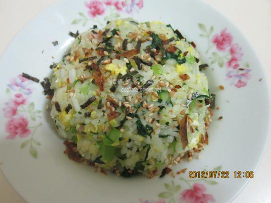 翡翠蛋炒飯食譜