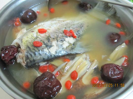 鯽魚黃耆湯