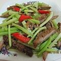 豬排炒芹菜