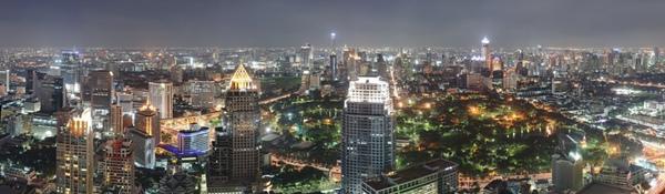 Bangkok_Night_Wikimedia_Commons-1.jpg