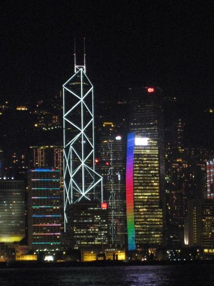 香港215
