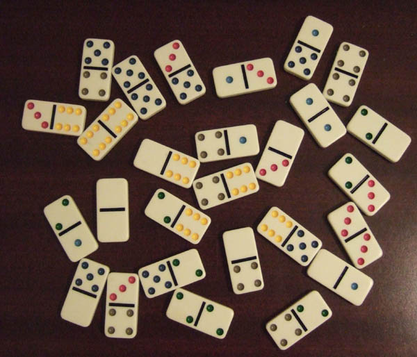 domino2.jpg