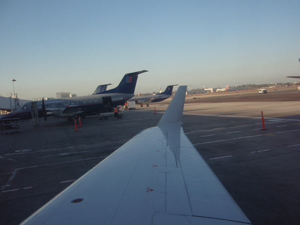 SkyWest  小飛機