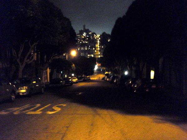 很陡的街道