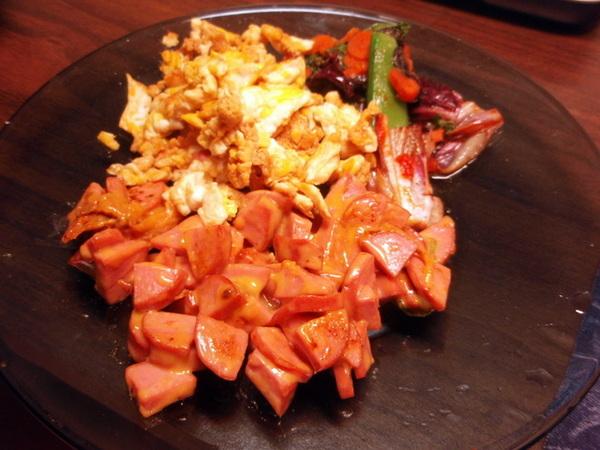 醬油炒蛋 + 起司火腿 + 甜辣炒菜
