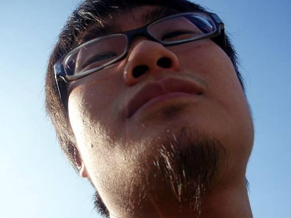 鬍鬚高人一等