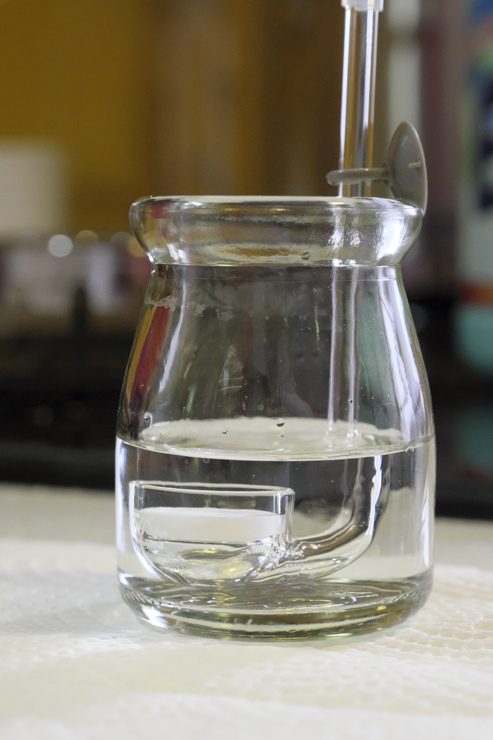 2017-05-13 使用檸檬酸浸泡,將阻塞物溶解出來