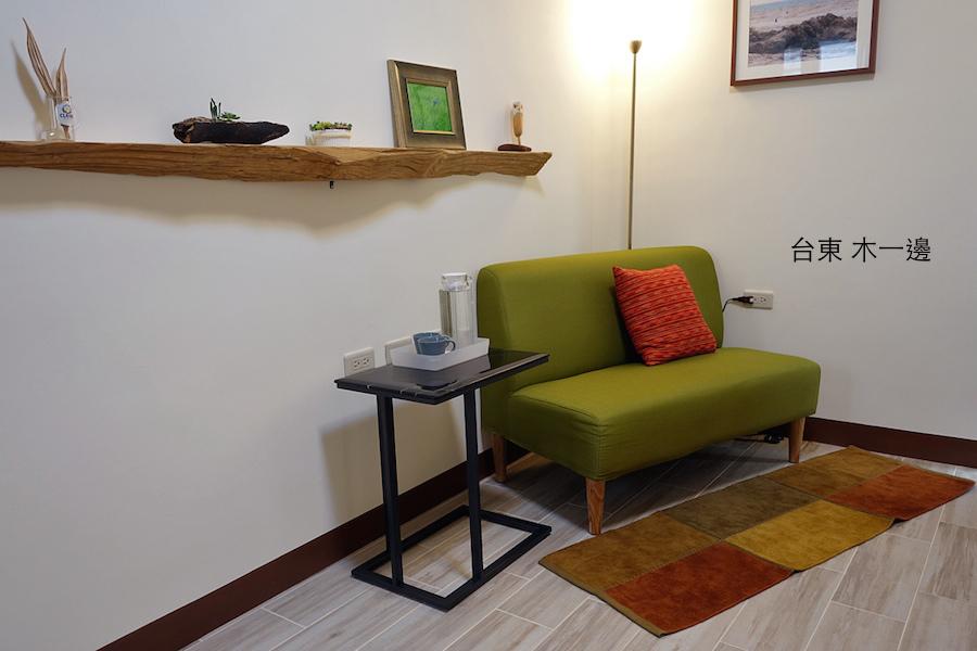 木貳房的雙人沙發.JPG