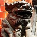 37 廟裡常見的石獅子.JPG