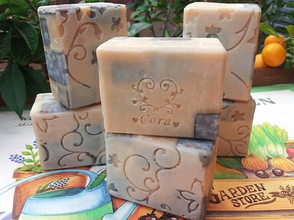 1030101白麝香蜂蜜牛奶皂#17