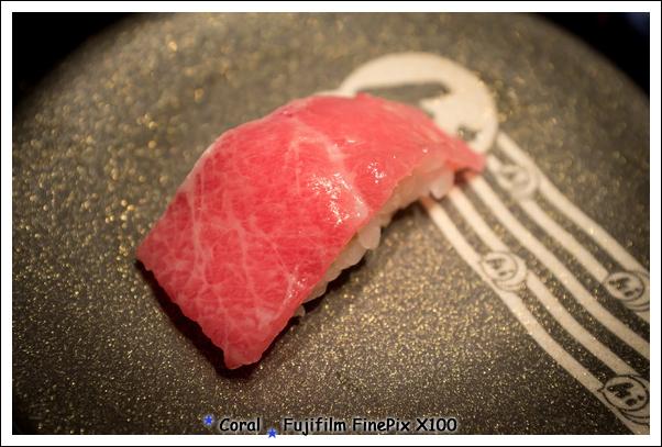貴鬆鬆的日本大腹...珊瑚感受到他的油脂啦!!