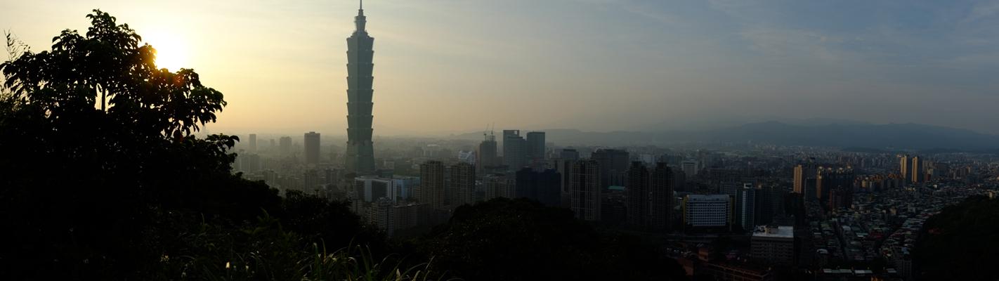 灰濛濛的台北