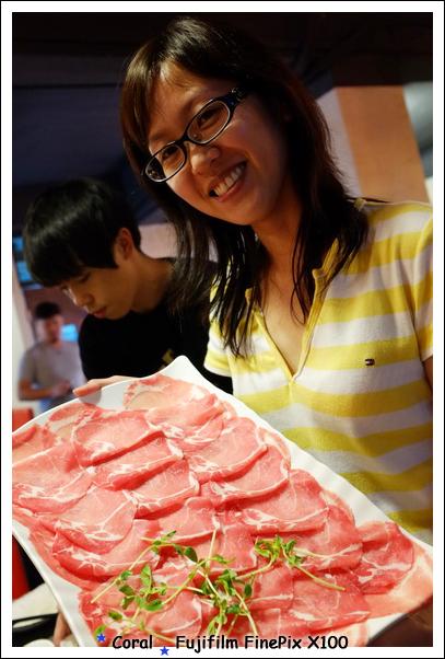 多大盤的豬肉呀!!