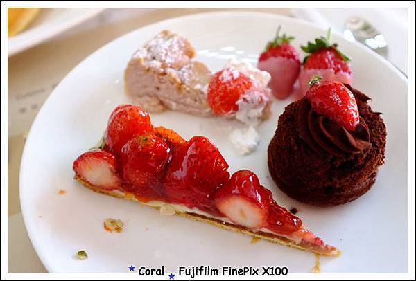 珊瑚的草莓甜點!!