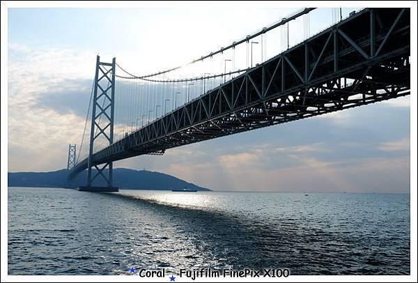 晚點就可以到橋的另一頭