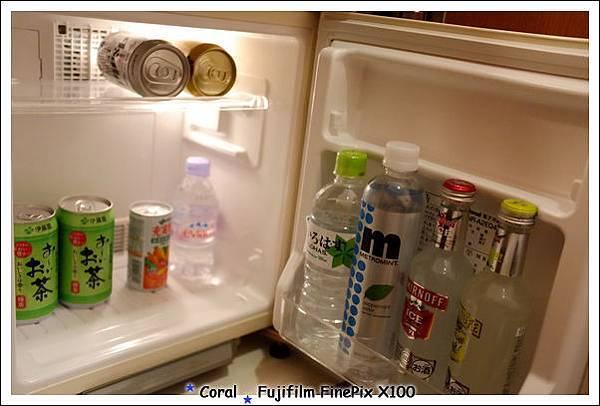 冰箱內付費的飲料
