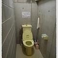 3間房間共用的廁所