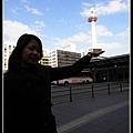 京都鐵塔比較好捧起來
