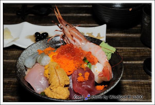 超奢侈的海鮮丼飯!!