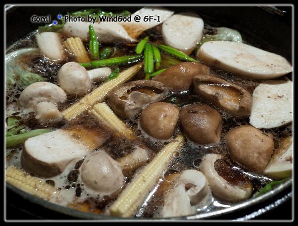 壽喜燒煮菇類真不錯