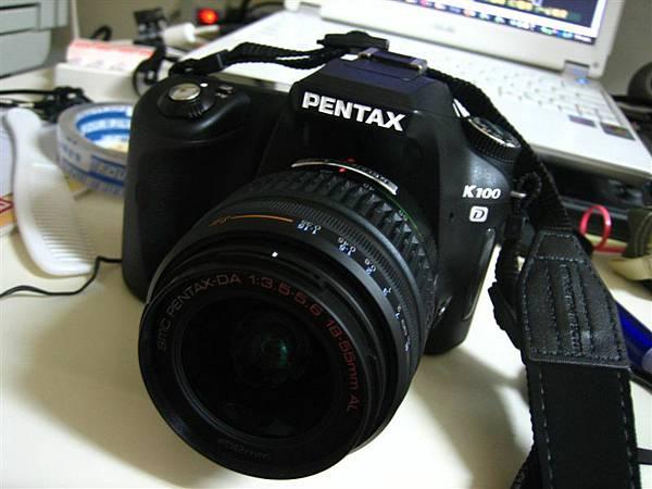 Pentax k100d (17900)