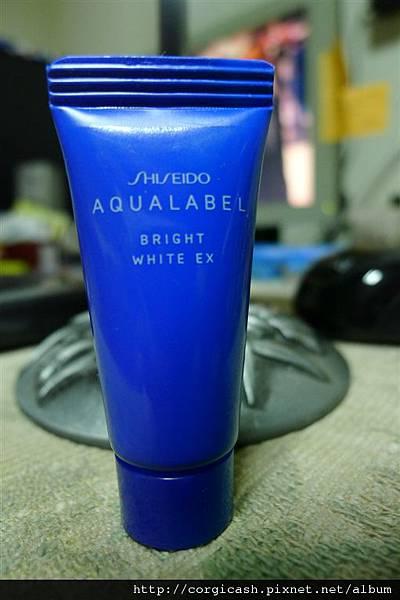 【體驗徵文】美白聖品「傳明酸」,讓妳夏日美白大躍進 -「AQUALABLE 水之印