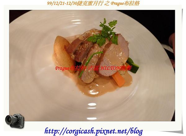 hilton晚餐~小凱的主餐...嫩豬