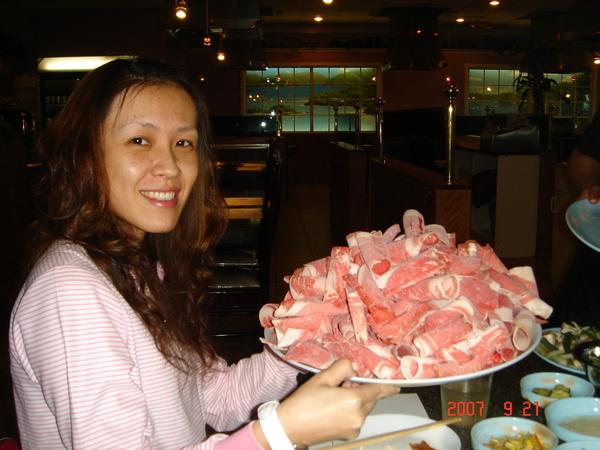 韓國烤一大盤肉
