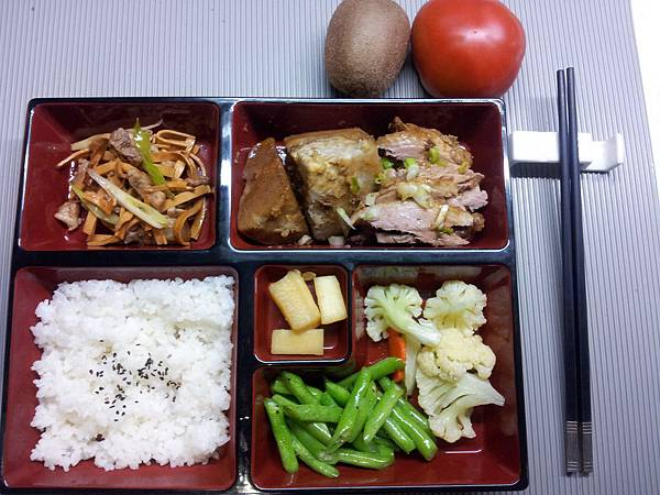 主菜-芋香鵝肉
