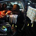 (3Y2M)衣服掛車窗晾乾