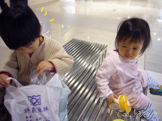 (3Y6M&1Y6M)魚酥馬上被寶寶發現