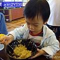 [訓練吃飯]工具篇-外出的選擇-有時碗很大也可以啦(2Y3M)