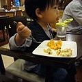 (2Y6M&6M)雲品之旅-晚餐07-開動