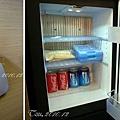 (2Y6M&6M)雲品之旅-房間設備及備品-冰箱和無線電話