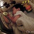 (3Y8M)寶寶睡覺新機絲頭06-有時也會自己關燈